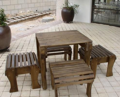 פינת ישיבה כסאות נמוכים לגינה